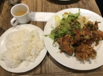 イタリア大衆食堂 堂島グラッチェ なんば店 鶏のからあげ定食